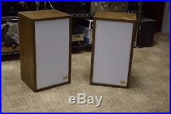 2 ACOUSTIC RESEARCH AR-2ax VINTAGE SPEAKERS