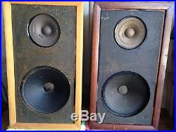 (2) VINTAGE – Acoustic Research AR-1 speakers – AR1 – serials 0633 06638 -