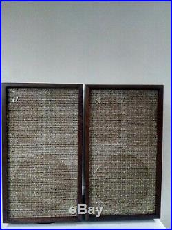ACOUSTIC RESEARCH AR2a Speakers
