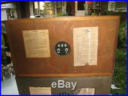 ACOUSTIC RESEARCH AR-2a VINTAGE SPEAKERS WORKING BEAUTIFUL