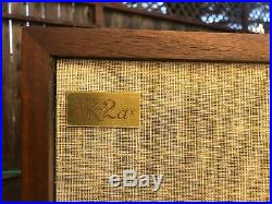 ACOUSTIC RESEARCH AR-2ax Speakers (PICK UP ONLY NO SHIPPING)