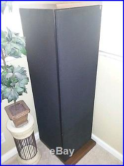 ACOUSTIC RESEARCH AR TSW 910 TOWER SPEAKERS
