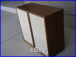 AR2ax Pair of Acoustic Reserch Speakers 3-way speakers