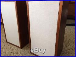 AR-4X Acoustic Research Bookshelf Speakers Pair With Great Sound