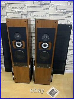 AR Speakers Acoustic Research AR9 (LOCAL PICK UP ONLY)