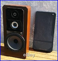 Acoustic Research AR91 Speakers