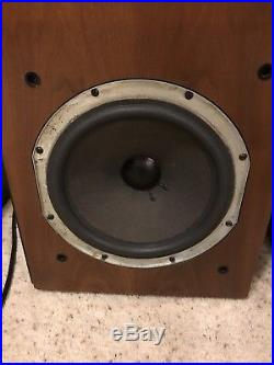 Acoustic Research AR9 Speakers