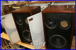 Acoustic Research AR-2ax AR2ax Speakers Excellent with Close Serial Numbers