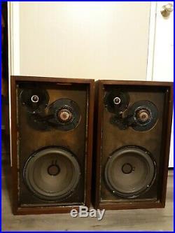 Acoustic Research ar5 vintage speakers (pair)