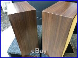 Acoustic research AR-7 speakers