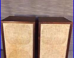 BEAUTIFUL Acoustic Research 2ax Speakers In Original Boxes