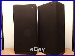 Beautiful Excellent- Restored Vintage Acoustic Research AR94s Speakers