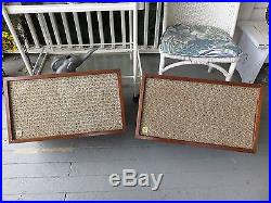 Nice Vintage Acoustic Research AR 2 Speakers Consecutive Sequential Numbers