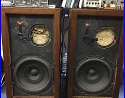 PAIR OF Acoustic Research AR 3 Speakers AS IS