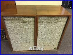 Pair of Vintage 1960s Acoustic Research AR-2 Speakers