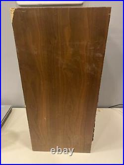 Single Acoustic Research AR3 Speaker, Partially Functional! Fair Condition