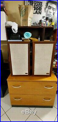 VINTAGE ACOUSTIC RESEARCH AR-3A PAIR FULLY FUNCTIONAL (Early SERIAL#)