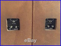 VINTAGE PAIR ACOUSTIC RESEARCH AR-17 SPEAKERS sequential serial numbers