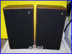 VINTAGE PR OF ACOUSTIC RESEARCH AR-8BXi SPEAKERS EXC COND DIGITAL MONITORING SYS