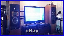 Very good condition AR9 Speakers! Beautiful refoamed