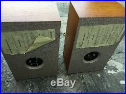 Vintage ACOUSTIC RESEARCH AR-7 SPEAKERS