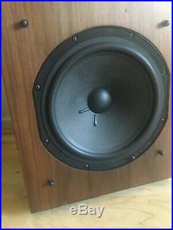 Vintage AR 9 Acoustic Research AR9 Speakers