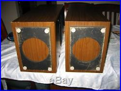 Vintage AR Acoustic Research AR 28 BXi Speakers in Great Condition
