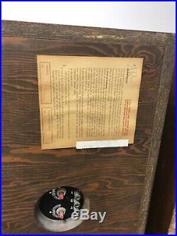 Vintage Acoustic Research AR-2AX SPEAKER PAIR walnut set mid century modern 70s