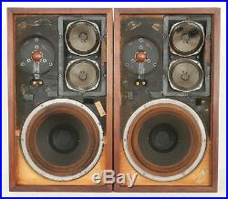 Vintage Acoustic Research AR-2a Speakers (Serial Number D39944/39946)