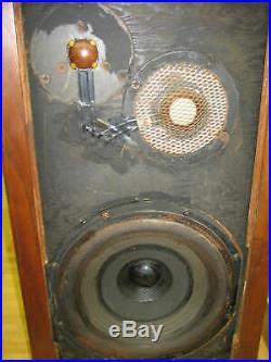 Vintage Acoustic Research Ar-3 Ar3 Loudspeakers Speakers In Great Shape
