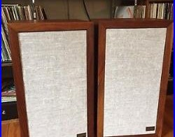 Vintage Mid Century Modern Acoustic Research AR-3a speakers In Oiled Walnut