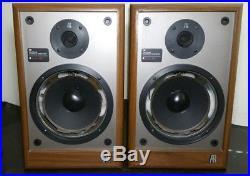 Vintage Pair Teledyne Acoustic Research AR 18B speakers Needs Refoam