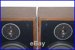 Vintage Pair of Acoustic Research AR18s Speakers