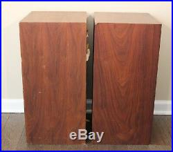 Vintage Pair of Acoustic Research AR-2AX Speakers