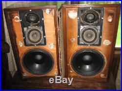 Vintage Set of Acoustic Research Speakers Model AR2